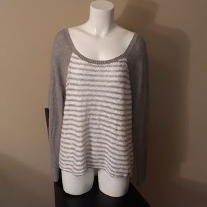 Hollister NEW Sweater White/Silver Size L